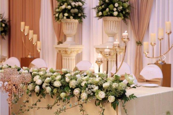 Composition florale mariage Aux fleurs Précieuses